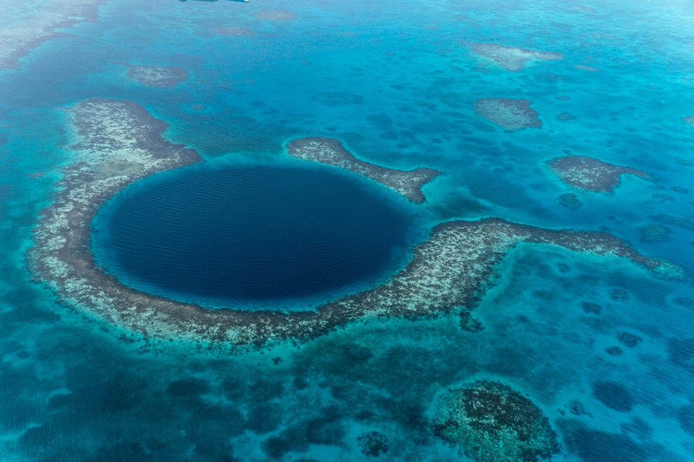 What is it Like to Dive the Great Blue Hole of Belize? Glad You Asked!