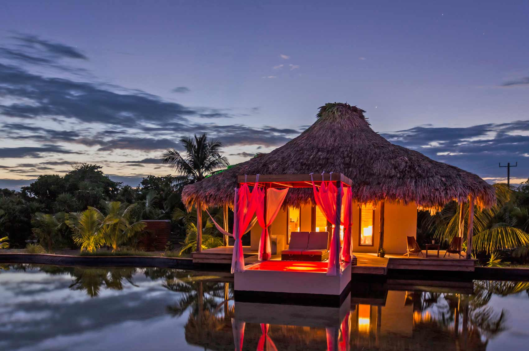 Belize world 39 s best honeymoon destinations for 2014 for Top honeymoon beach destinations