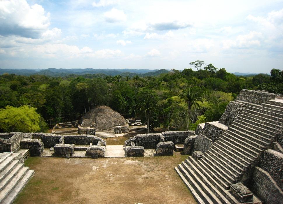 caracol maya ruins in belize