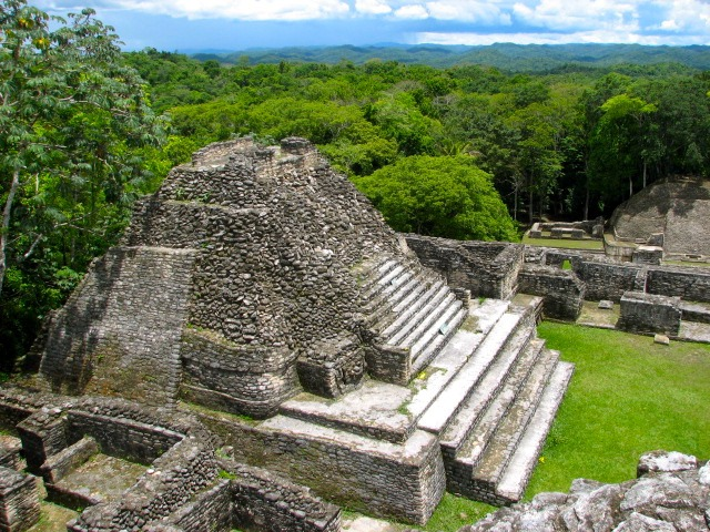 Belize-Caracol-Mayan-Pyramid