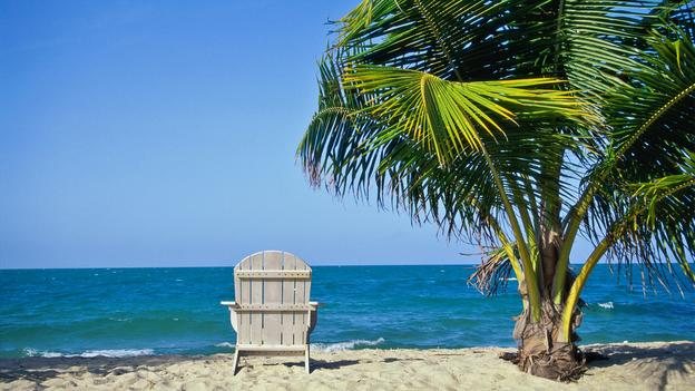 because of the belize weather with its subtropical climate the average temperature is 85 degrees