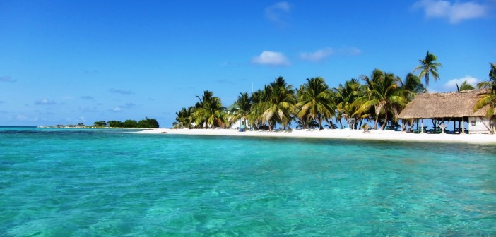 belize islands and cayes - laughing bird caye
