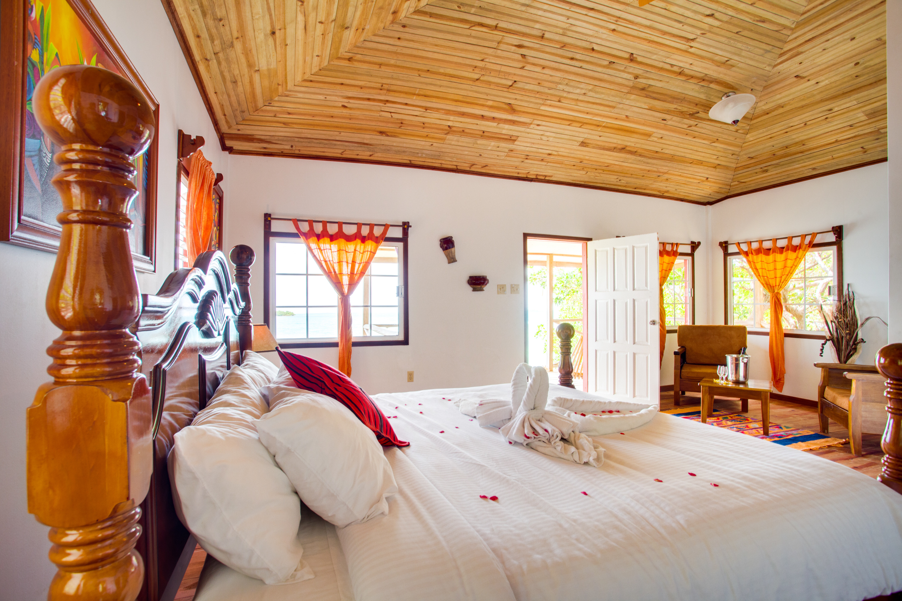 belize luxury accommodations in belize