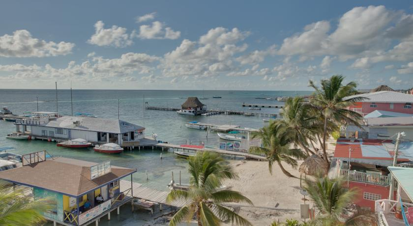 how to get to ambergris caye belize