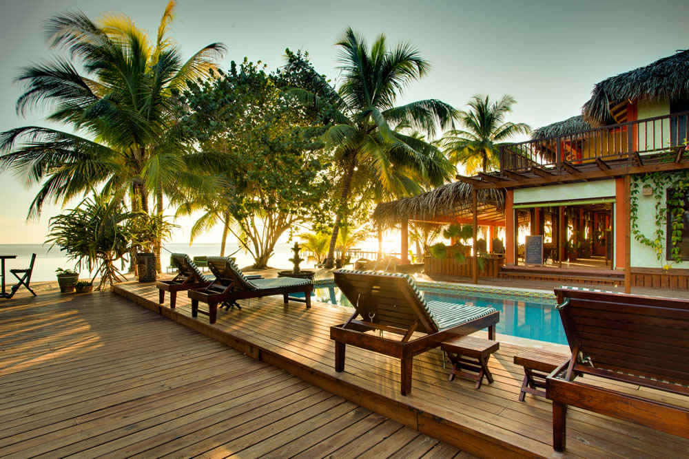 roberts grove beach resort in placencia belize