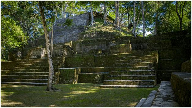 Cahal Pech Mayan Ruins | Archaeology of Cahal Pech