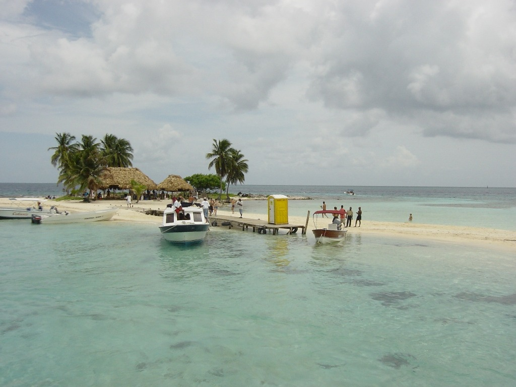 belize islands, cayes and atolls - goff's caye