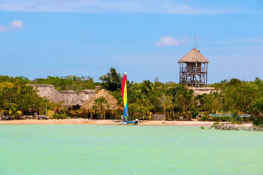 retire in belize