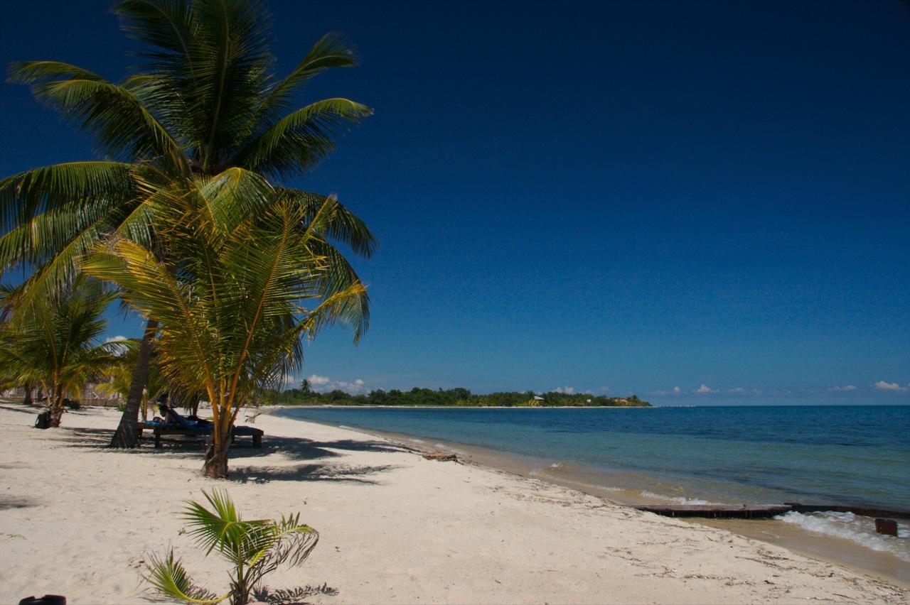 placencia belize beaches