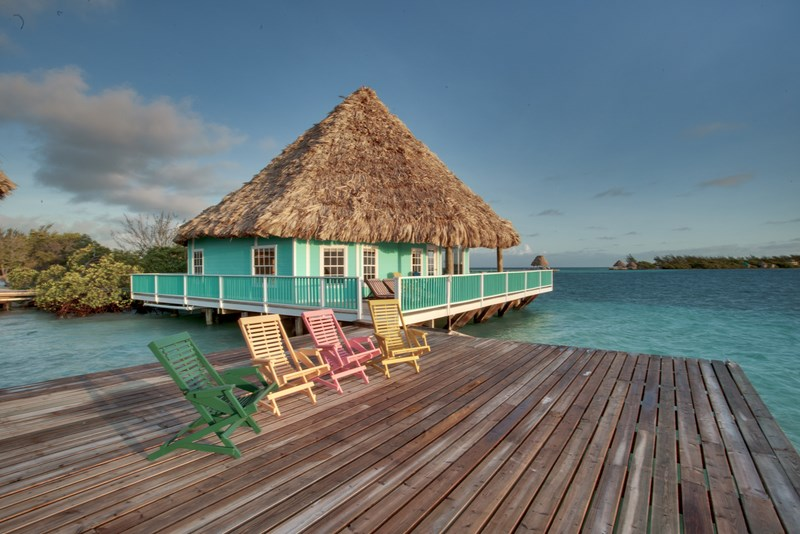 Overwater Bungalows in Belize #3