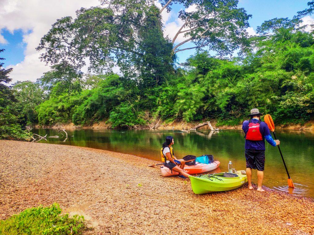 retire in Belize tours